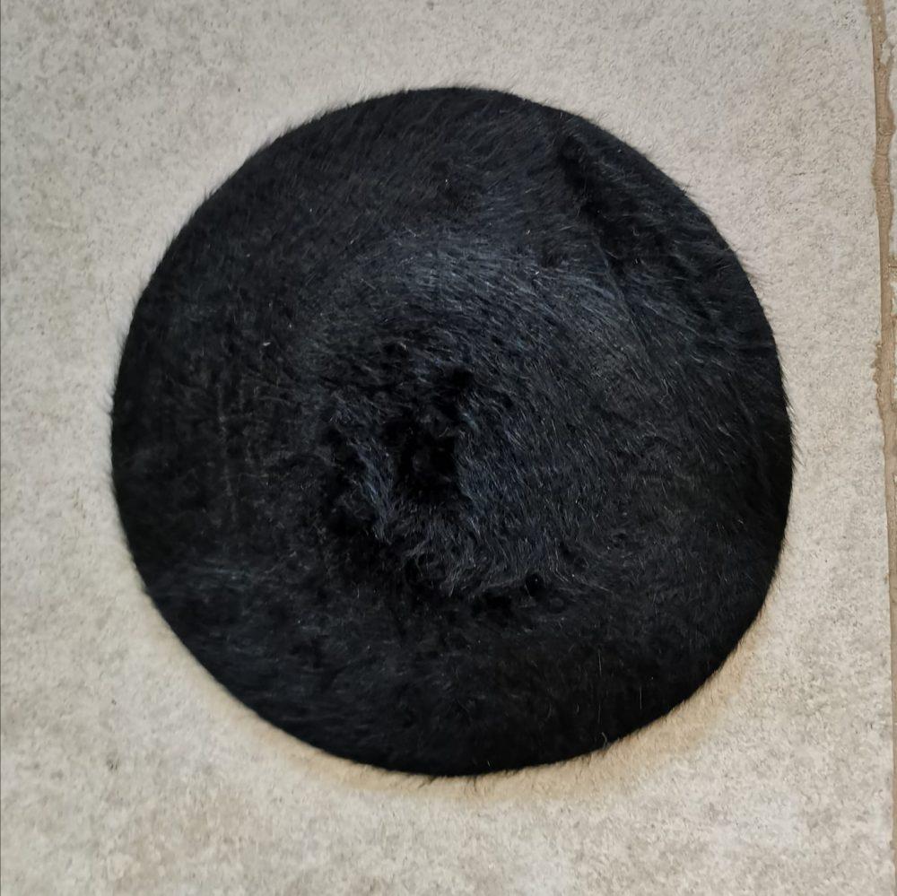 ברט אנגורה שחור one size